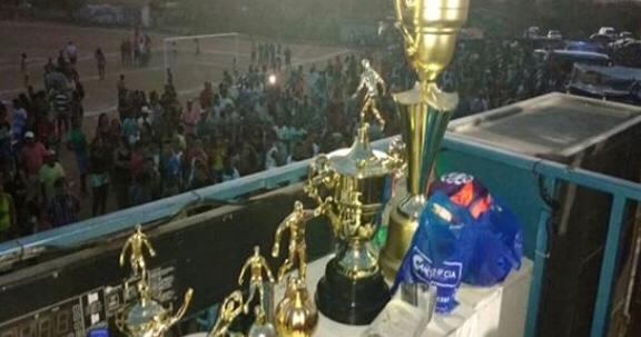 Final da 10ª Copa Pau-Ferro de Futebol em Ipirá, deu Pau-Ferro campeão