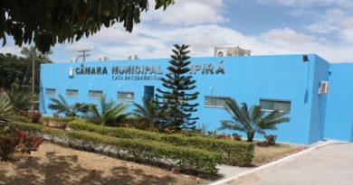 Câmara de Vereadores aprova aumento de 445% para chefe de gabinete da prefeitura de Ipirá