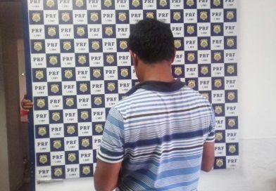 Homem é preso após tentar subornar PRF com 'cafezinho' de R$ 100