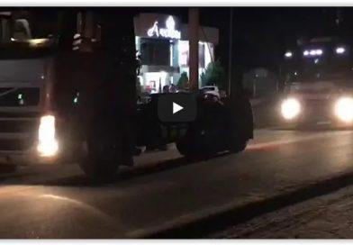 Caminhoneiros realizam carreata em Ipirá; assista vídeos