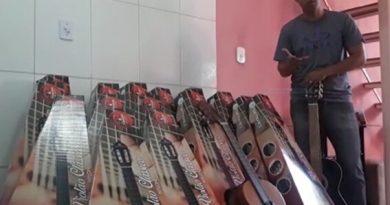 Vereador de Serrolândia doa 13° para comprar instrumentos musicais para projeto social