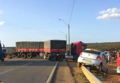 Motorista morre após carro ser atingido por caminhão na BR-116