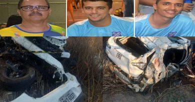 Três pessoas morrem e uma fica ferida após capotamento na BR 407 em Jaguarari