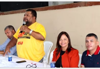 Ipirá: APLB realiza seminário 'Pensar em Educação é Pensar no Brasil
