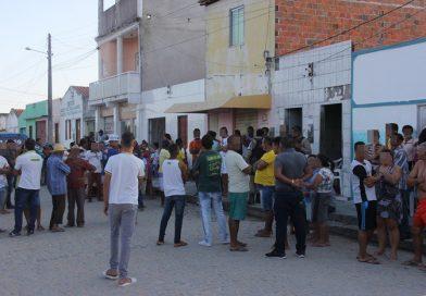 Homem é assassinado a tiros dentro de bar em povoado de Coité