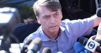 Bolsonaro recua e diz que manterá Trabalho com status de ministério