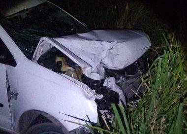 Batida entre carro e moto na BA-290 deixa dois mortos e cinco feridos