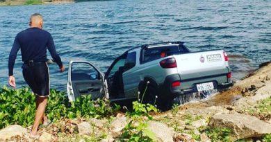 Bope mergulha no Rio Paraguaçu e realiza varredura em carro