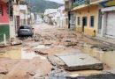 Chuva causa alagamentos em ruas e casa desaba após temporal em Jacobina