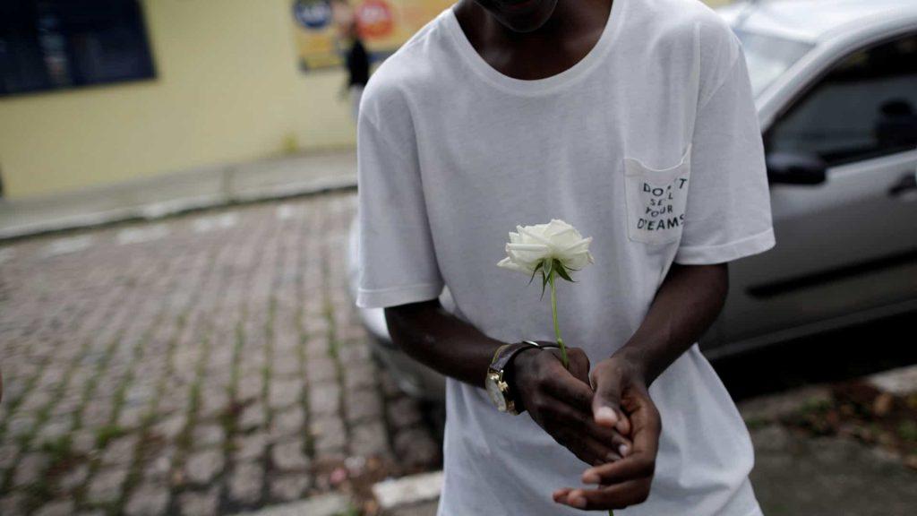 Jovem já foi ouvido pelo Ministério Público e pela polícia; ele segue em liberdade porque a promotoria concluiu que não havia indícios suficientes para apreendê-lo.